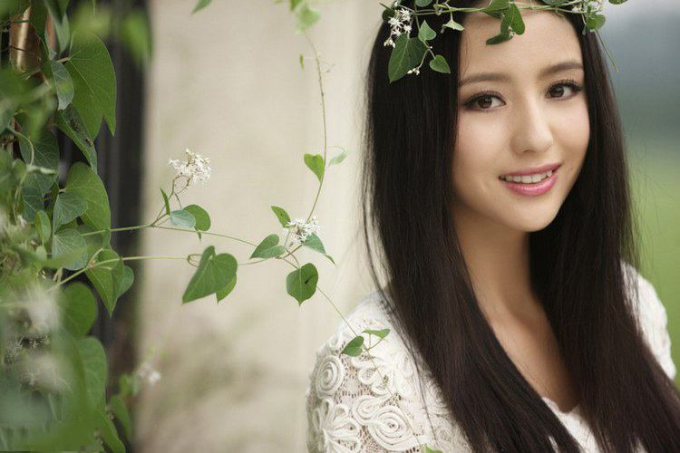 Tong Liya - Top Beautiful Women in China